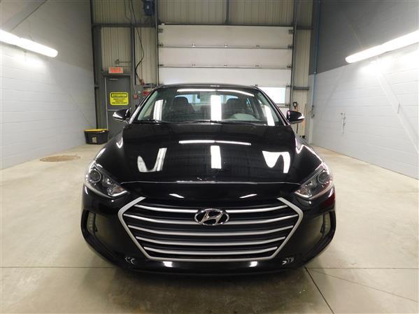 Hyundai Elantra 2018 - Image #2