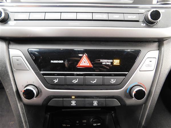 Hyundai Elantra 2018 - Image #16