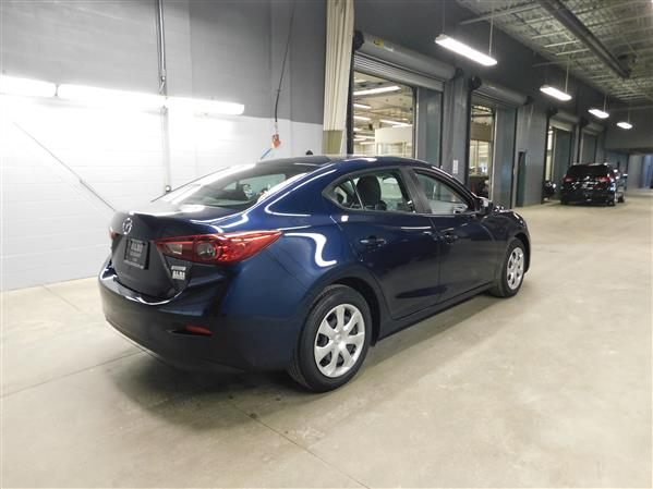 Mazda Mazda3 2015 - Image #4