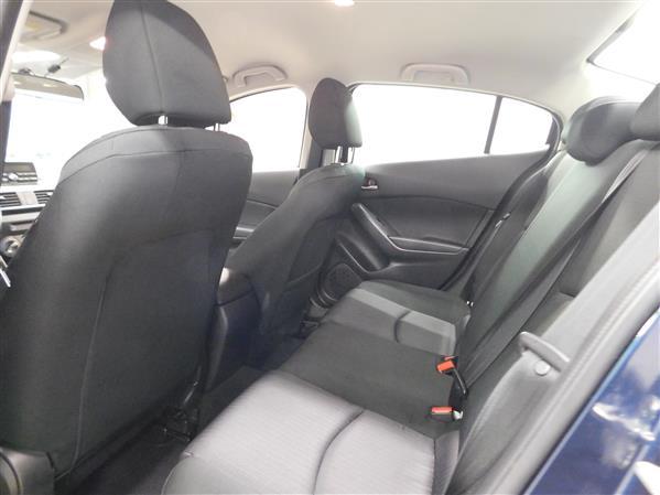 Mazda Mazda3 2015 - Image #11