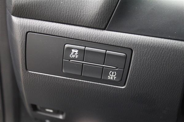 Mazda Mazda3 2018 - Image #19