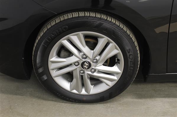 Hyundai Elantra 2019 - Image #22