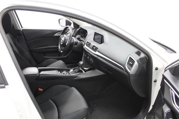 Mazda Mazda3 2018 - Image #10