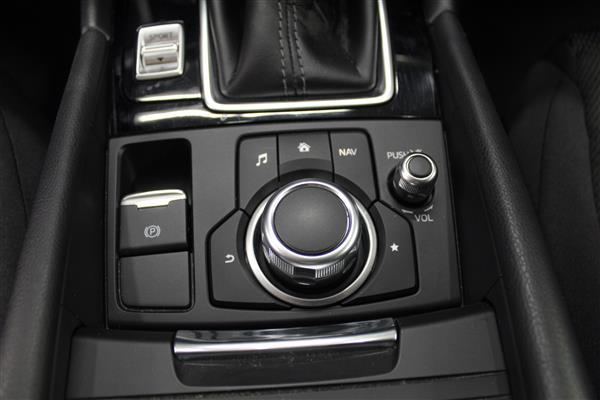 Mazda Mazda3 Sport 2018 - Image #13
