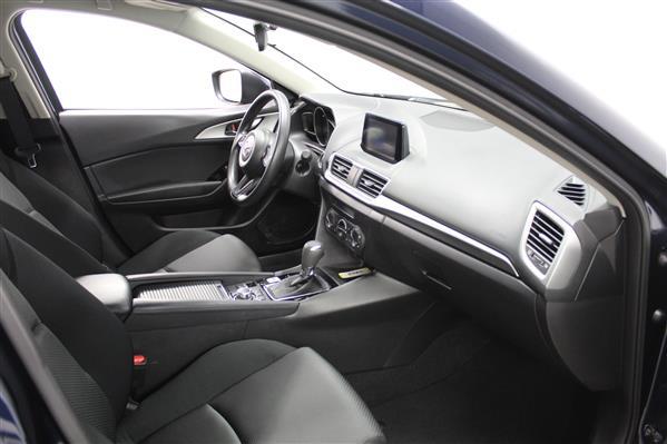 Mazda Mazda3 2018 - Image #9