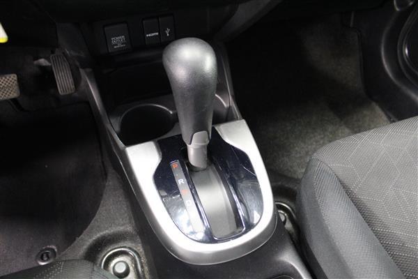 Honda Fit 2016 - Image #13