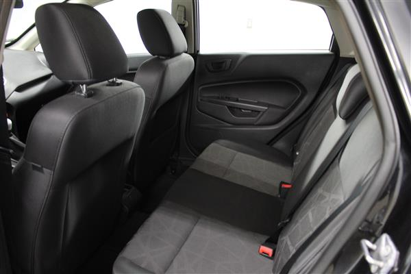 Ford Fiesta 2012 - Image #9