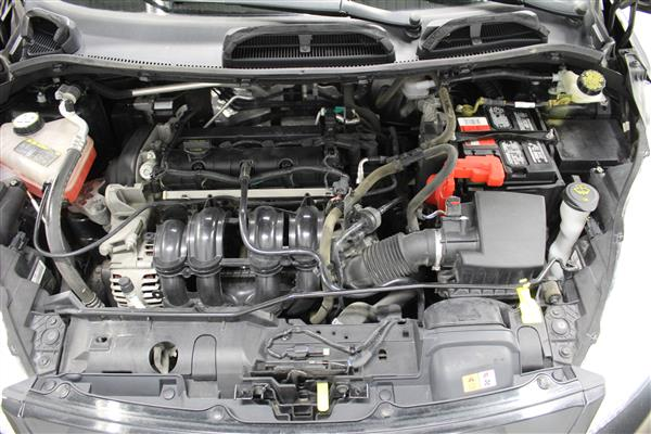 Ford Fiesta 2012 - Image #11