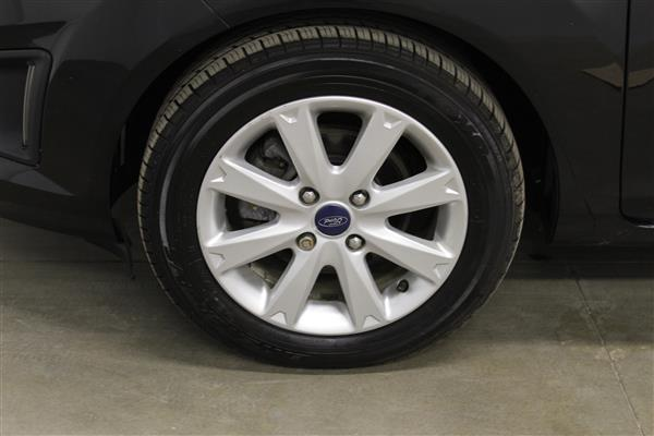 Ford Fiesta 2012 - Image #20